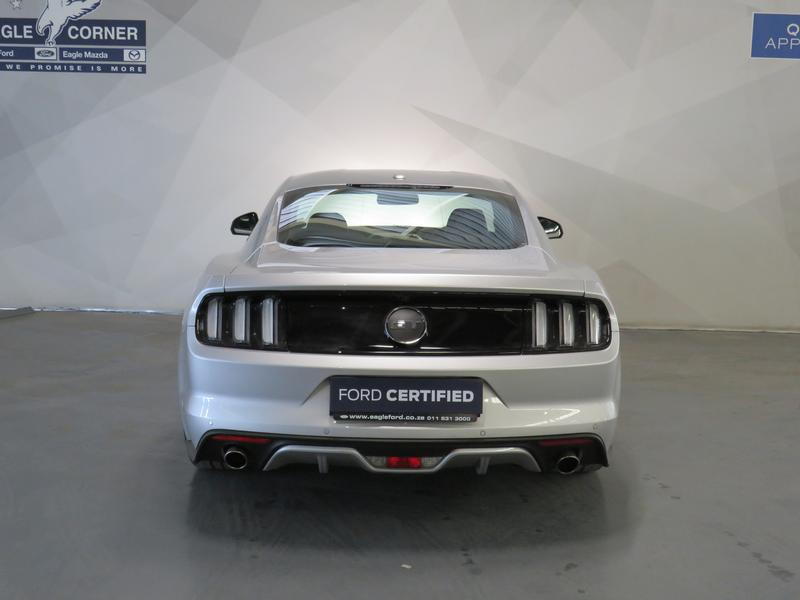 Ford Mustang 5.0 Gt Fastback Image 18