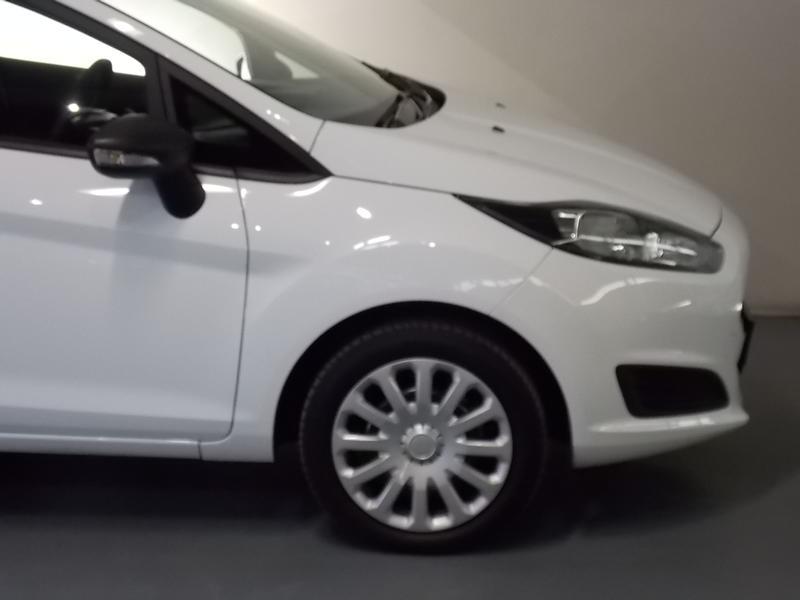 Ford Fiesta 1.5 Tdci Ambiente Image 4