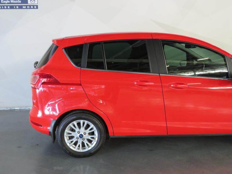Ford B-Max 1.0 Ecoboost Titanium Image 5