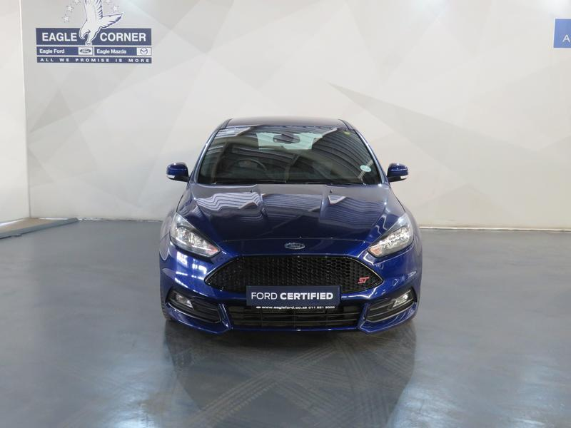 Ford Focus St 2.0 Ecoboost St1 Image 16