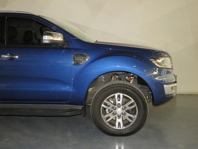 Ford Everest 3.2 Tdci Xlt 4X4 At Image 4