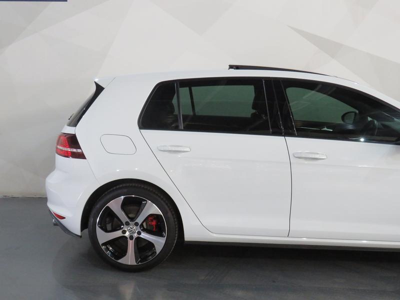 Volkswagen Golf 7 2.0 Tsi Gti Dsg Image 5
