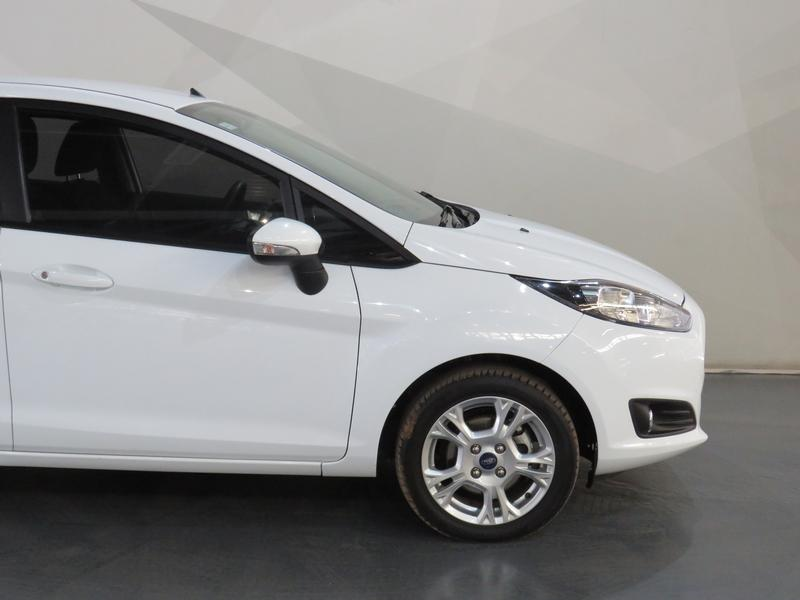 Ford Fiesta 1.0 Ecoboost Trend Esp Image 4
