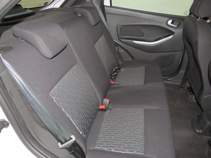 Ford Figo 1.5 Tivct Trend 5-Door Image 15