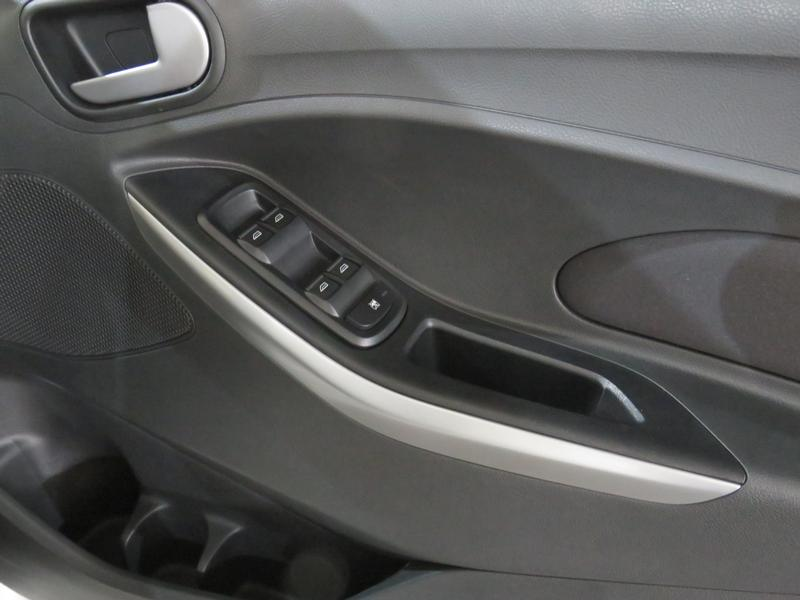 Ford Figo 1.5 Tivct Trend 5-Door Image 6