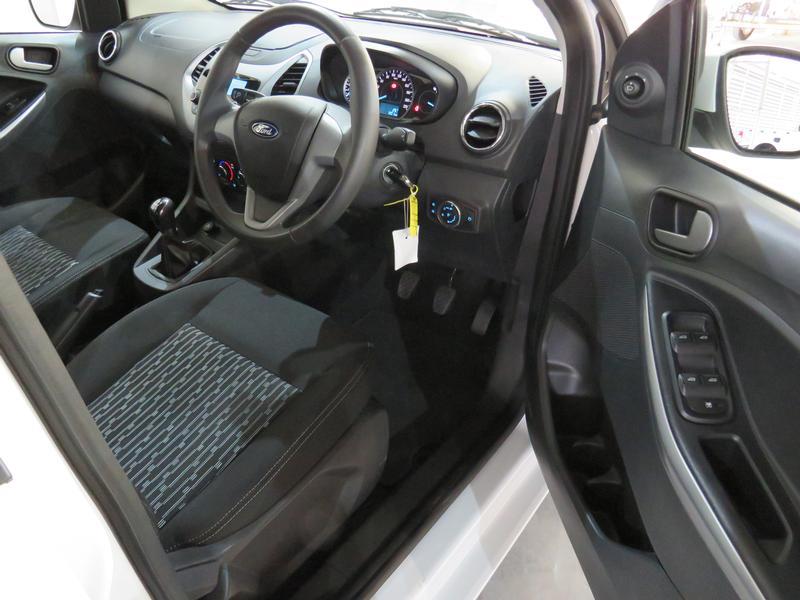Ford Figo 1.5 Tivct Trend 5-Door Image 7