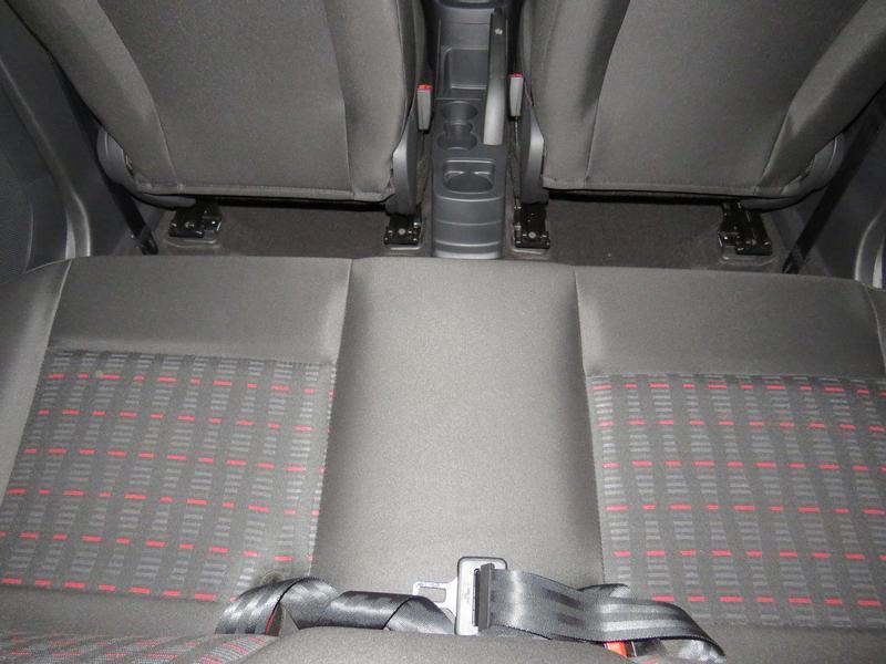 Ford Figo 1.5 Ambiente 5-Door Image 14