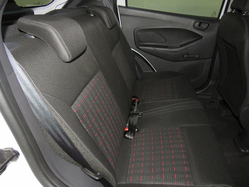 Ford Figo 1.5 Ambiente 5-Door Image 15