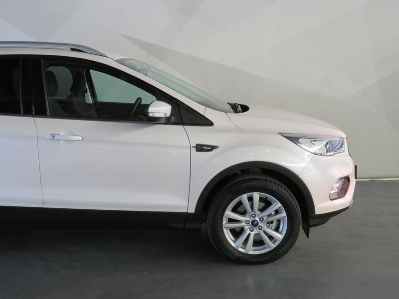 Ford Kuga 1.5 Ecoboost Ambiente Fwd At Image 4