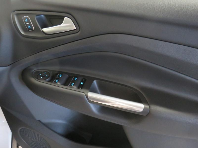 Ford Kuga 1.5 Ecoboost Ambiente Fwd At Image 6