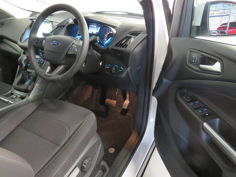 Ford Kuga 1.5 Ecoboost Ambiente Fwd At Image 7