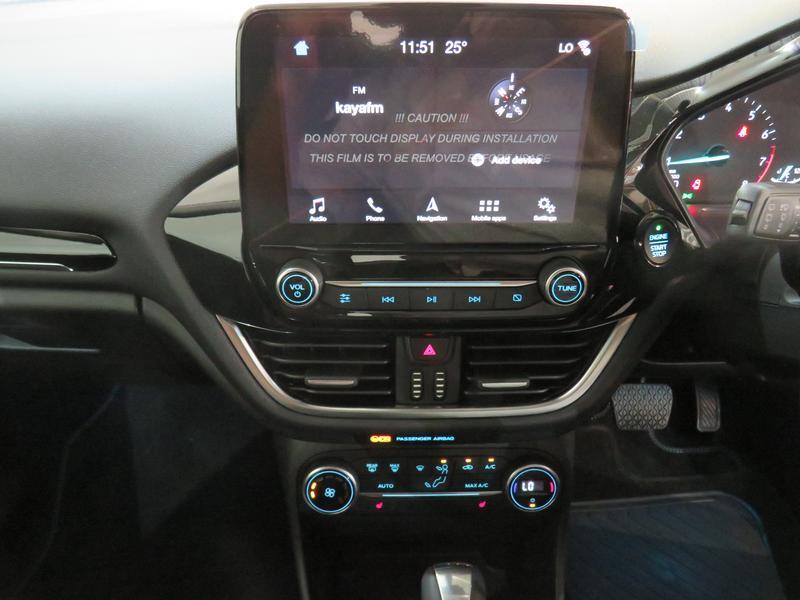 Ford Fiesta 1.0 Ecoboost Titanium At Image 10
