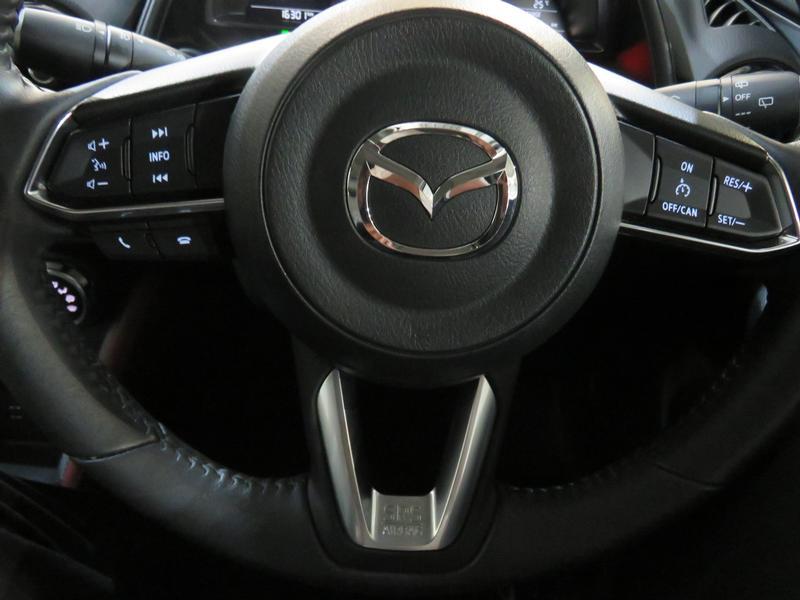 Mazda CX-3 2.0 Individual Plus At Image 12