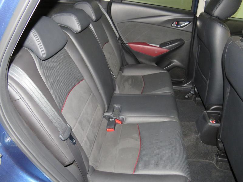 Mazda CX-3 2.0 Individual Plus At Image 15