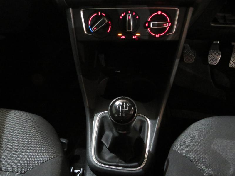 Volkswagen Polo 1.2 Tsi Comfortline Image 11