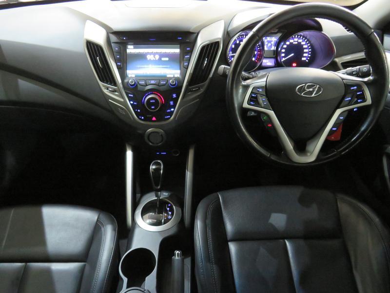 Hyundai Veloster 1.6 Gdi Executive At Image 13