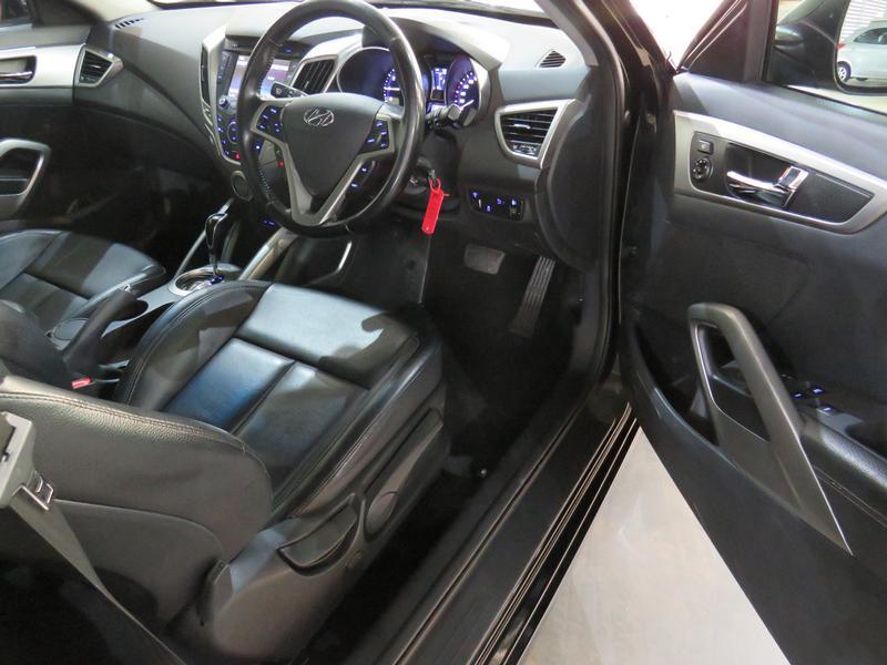 Hyundai Veloster 1.6 Gdi Executive At Image 7