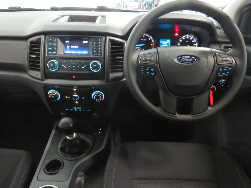 Ford Everest 2.2 Tdci Xls Image 13