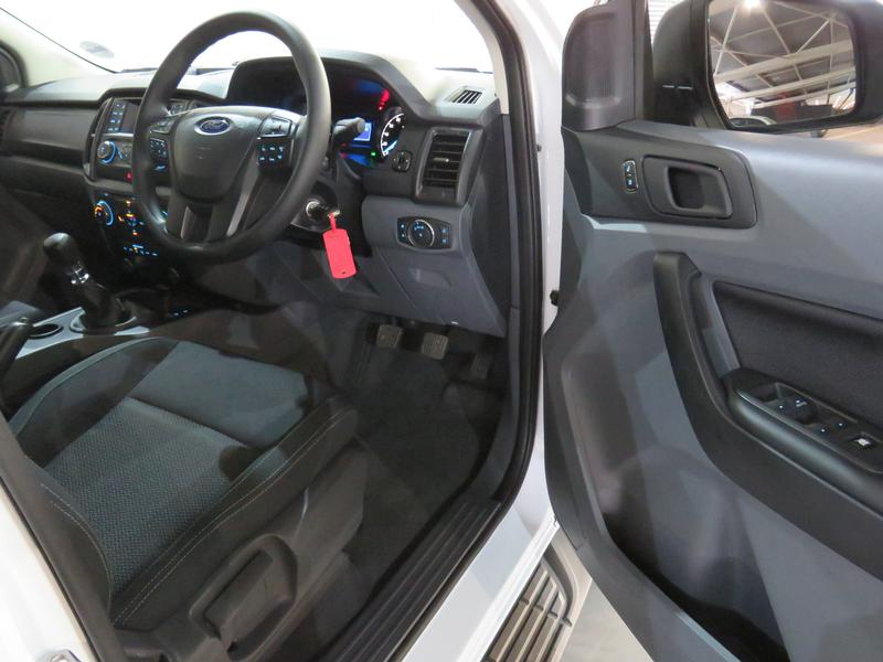 Ford Everest 2.2 Tdci Xls Image 7