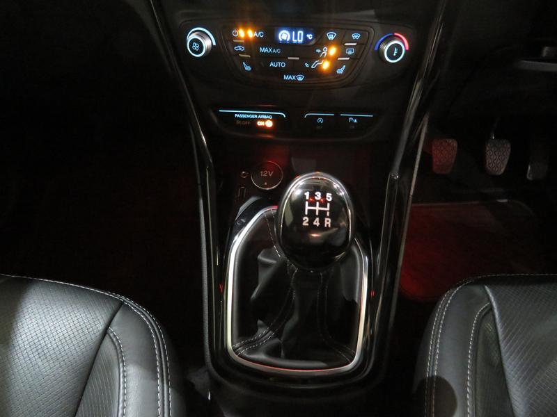 Ford B-Max 1.0 Ecoboost Titanium Image 11