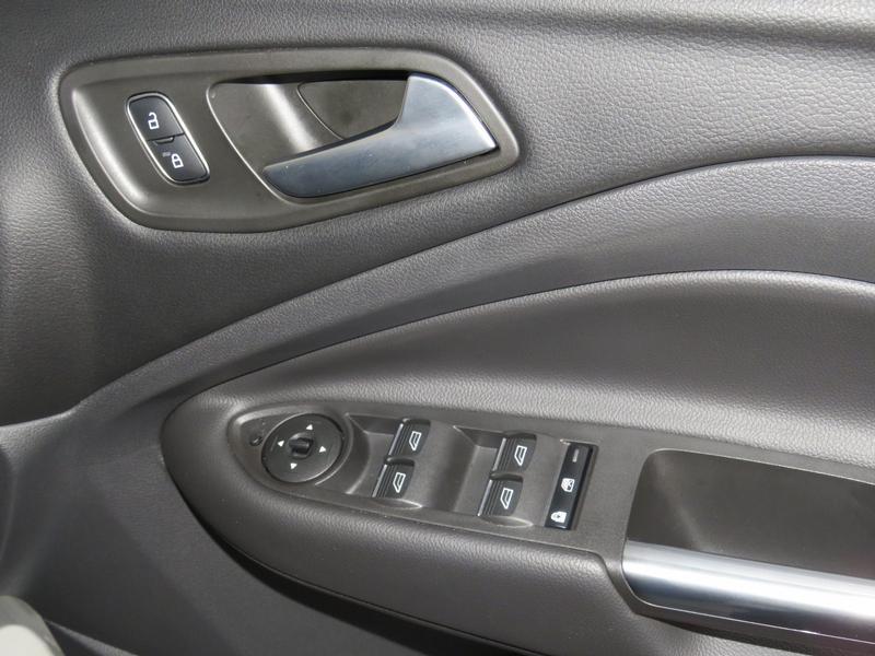 Ford Kuga 2.0 Tdci St-Line Awd At Image 6