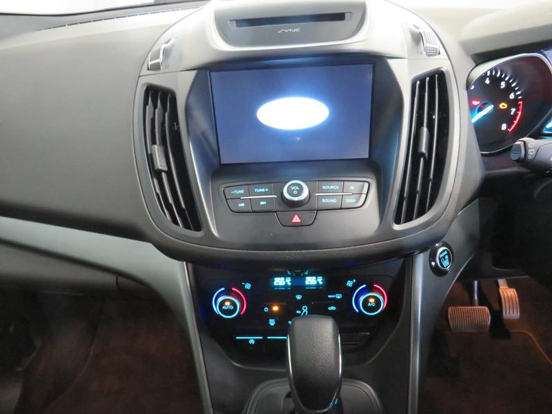 Ford Kuga 1.5 Ecoboost Ambiente Fwd At Image 10