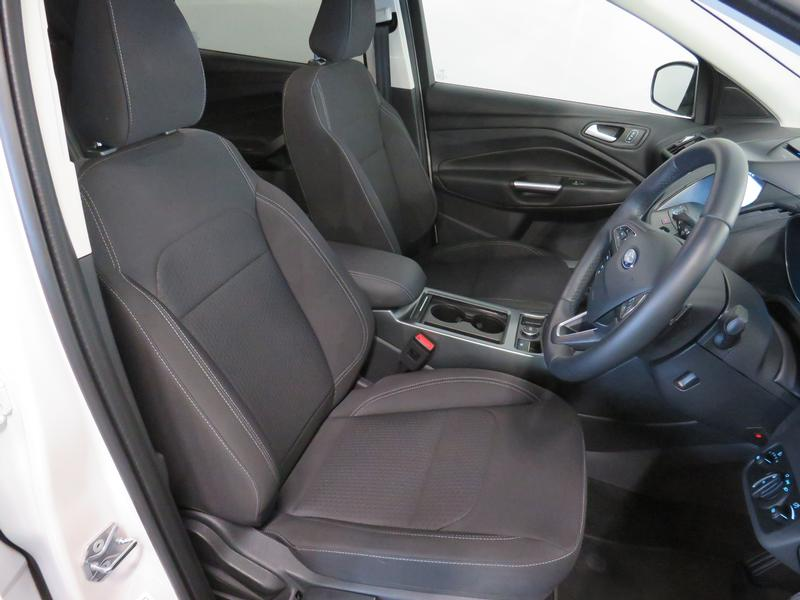 Ford Kuga 1.5 Ecoboost Ambiente Fwd At Image 8