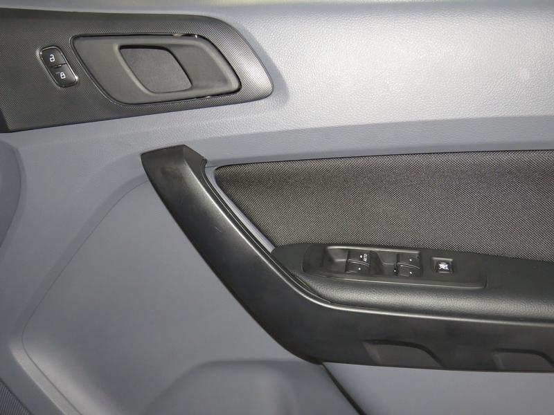 Ford Ranger 2.2 Tdci Xl 4X2 D/cab At Image 6
