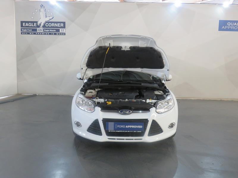 Ford Focus 2.0 Gdi Trend 5-Door Image 17