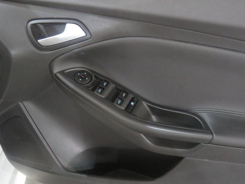 Ford Focus 2.0 Gdi Trend 5-Door Image 6