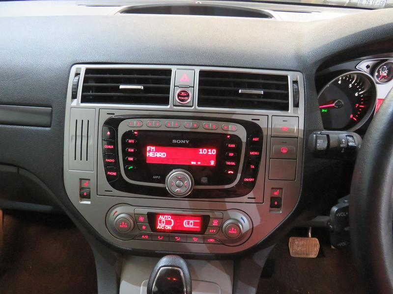Ford Kuga 2.5 Turbo Titanium Awd At Image 9