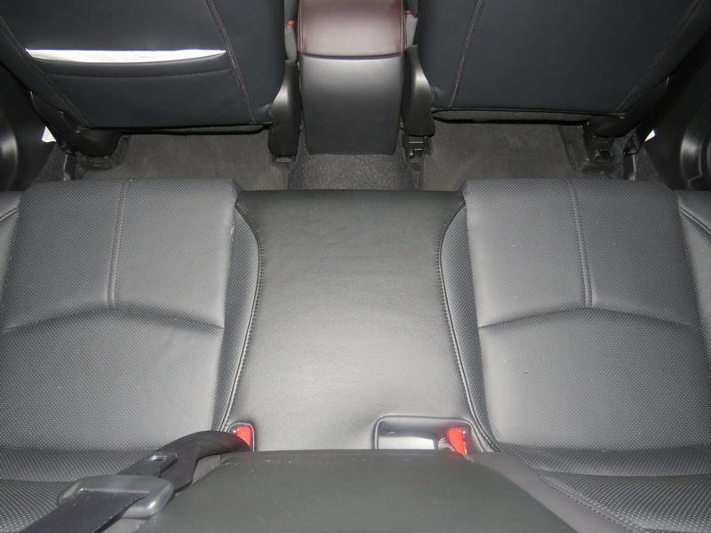 Mazda 3 2.0 Individual 5-Door At Image 14