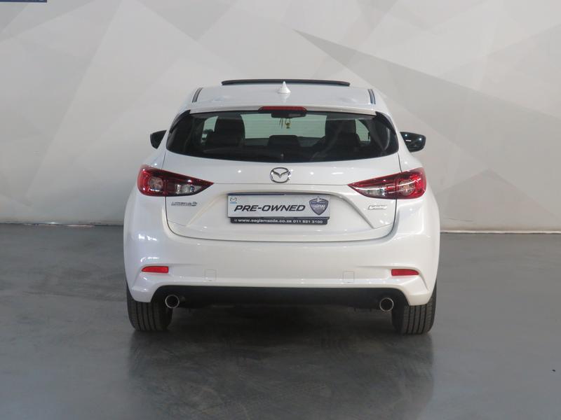 Mazda 3 2.0 Individual 5-Door At Image 18