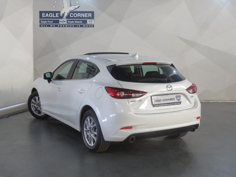 Mazda 3 2.0 Individual 5-Door At Image 20