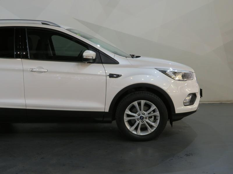 Ford Kuga 1.5 Ecoboost Trend Fwd At Image 4
