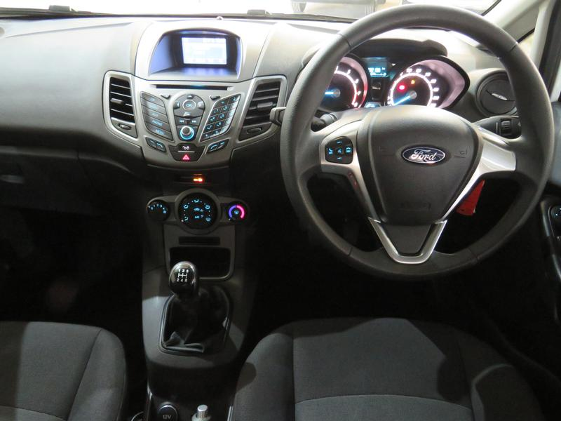 Ford Fiesta 1.0 Ecoboost Ambiente Image 13