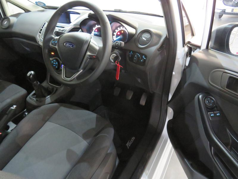 Ford Fiesta 1.0 Ecoboost Ambiente Image 7