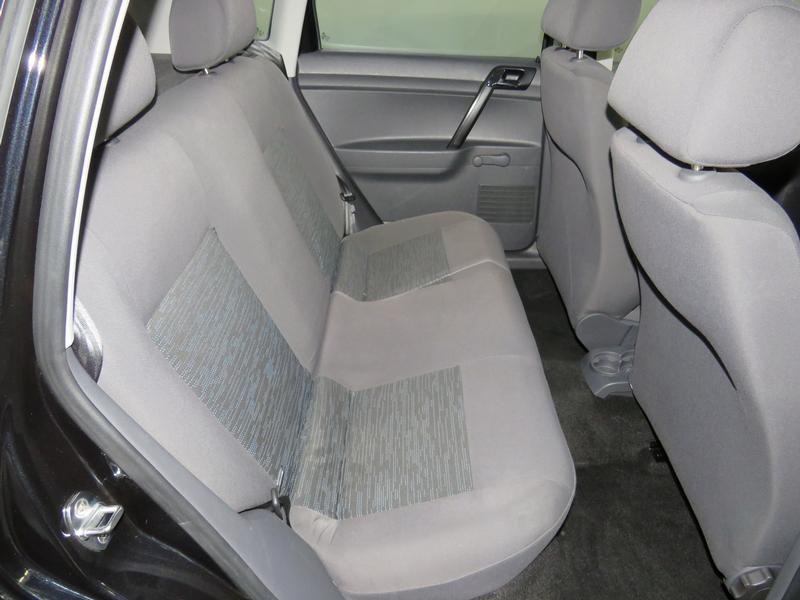 Volkswagen Polo Vivo Hatch 1.4 Trendline Tiptronic Image 15