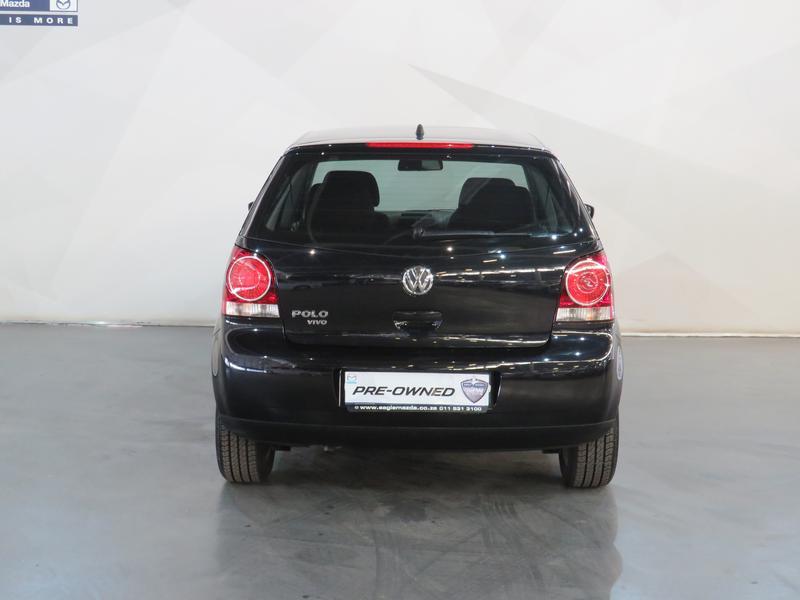 Volkswagen Polo Vivo Hatch 1.4 Trendline Tiptronic Image 18