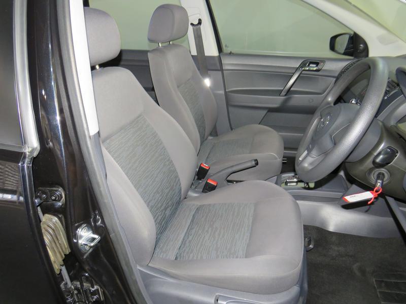 Volkswagen Polo Vivo Hatch 1.4 Trendline Tiptronic Image 8