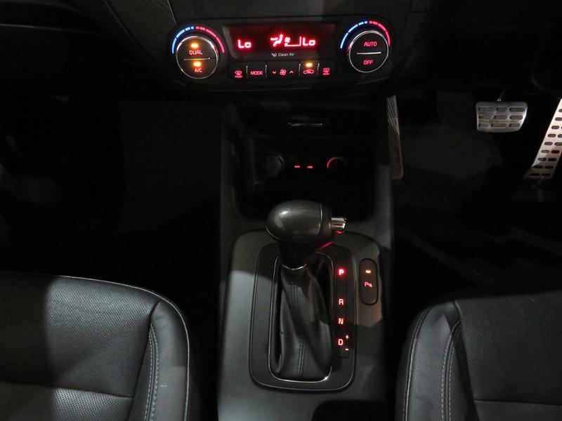 Kia Cerato 2.0 Sx 4-Door At Image 11