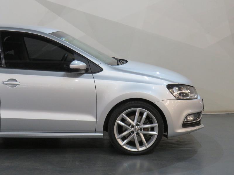 Volkswagen Polo 1.2 Tsi Highline Image 4