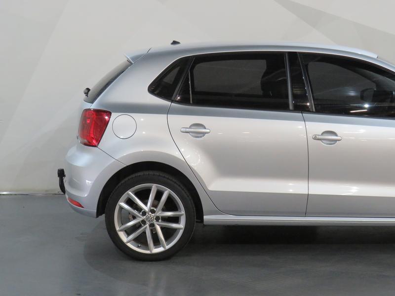 Volkswagen Polo 1.2 Tsi Highline Image 5
