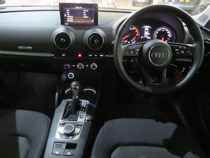 Audi A3 Sedan 1.0 Tfsi S-Tronic Image 13
