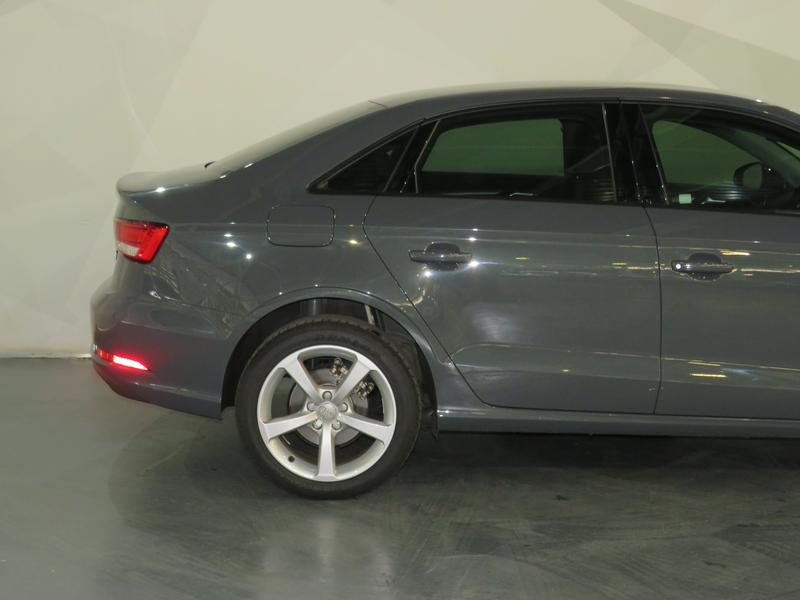 Audi A3 Sedan 1.0 Tfsi S-Tronic Image 5
