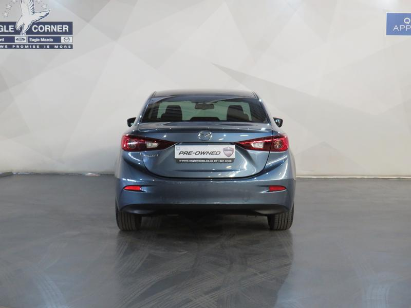 Mazda 3 1.6 Dynamic 4-Door At Image 18