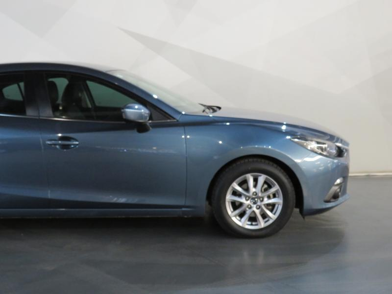 Mazda 3 1.6 Dynamic 4-Door At Image 4