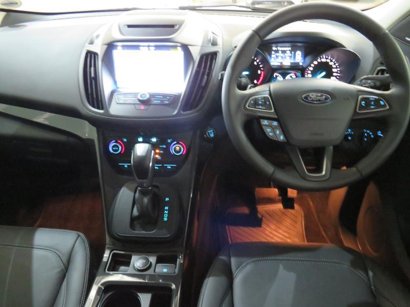 Ford Kuga 2.0 Tdci Titanium Awd Powershift Image 11
