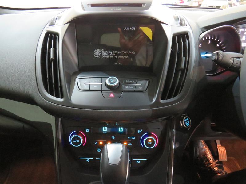 Ford Kuga 2.0 Tdci Titanium Awd Powershift Image 9