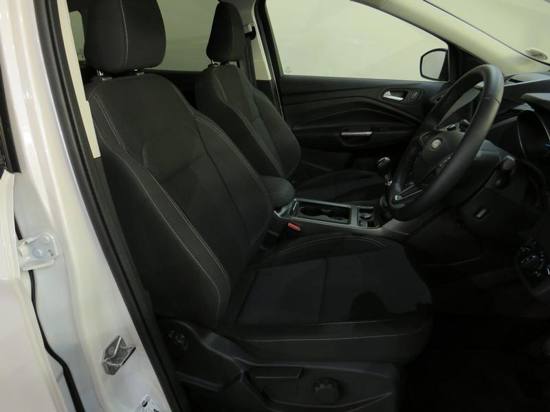 Ford Kuga 1.5 Tdci Ambiente Fwd Image 8